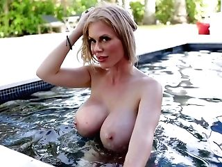 Russian Bombshell Casca Akashova Gets Messy Facial Cumshot After Crazy Hookup By The Pool
