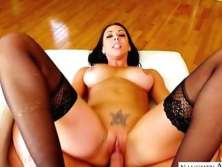 Hot Paramour In Corset And Stockings Rachel Starr Goes Wild On A Hard Spunk-pump