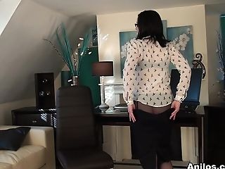 Emily Marshall In Kinky In The Workplace - Anilos