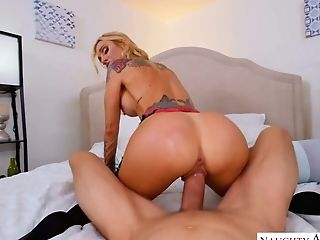 Sassy Mummy With Tatts Sarah Jessie Is Hungry For Hard Big Chisel