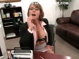 Taking On A Largest Pecker With Her Face Fuck Hole Is Cougar Forte