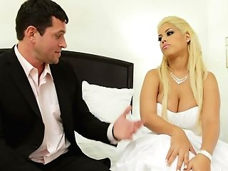 Huge-chested Bride Bridgette B Gets Her Cooch Eaten By Her Fiance