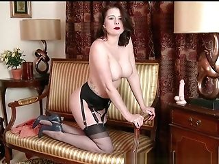 Mummy Karina Currie Strips Off Retro Undergarments And Fucktoys Poon In Nylons High-heeled Slippers